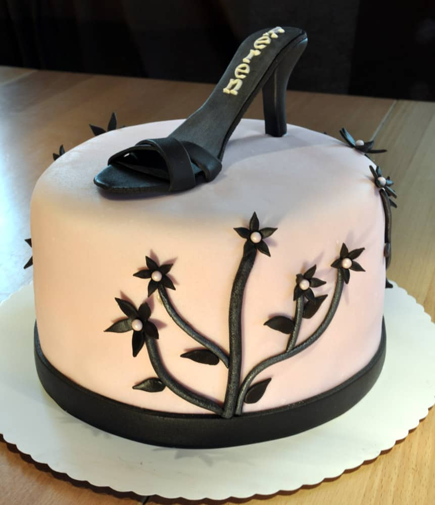 Pin Coolest Deer Hunting Cake 2 Picture To Pinterest